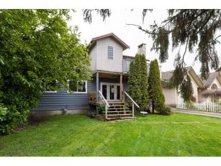 Photo 2: 5412 CRESCENT Drive in Delta: Hawthorne House for sale (Ladner)  : MLS®# R2573371