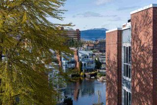 """Photo 1: 401 1508 MARINER Walk in Vancouver: False Creek Condo for sale in """"MARINER POINT"""" (Vancouver West)  : MLS®# R2573936"""