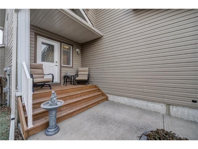 Photo 4: Photos: 137 COVE Court: Chestermere House for sale : MLS®# C4090938