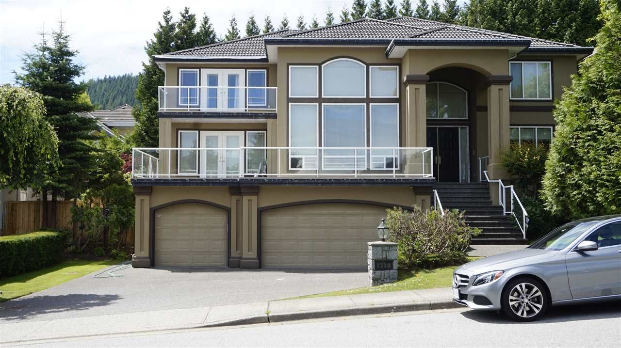 """Main Photo: 1718 HAMPTON Drive in Coquitlam: Westwood Plateau House for sale in """"HAMPTON ON THE GREEN"""" : MLS®# R2213904"""