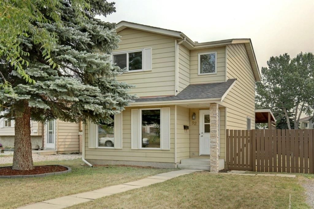 Main Photo: 92 Erin Croft Crescent SE in Calgary: Erin Woods Detached for sale : MLS®# A1136263