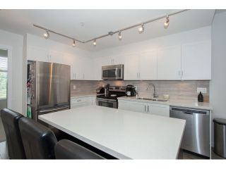 "Photo 54: 204 6706 192 Diversion in Surrey: Clayton Townhouse for sale in ""One92"" (Cloverdale)  : MLS®# R2070967"