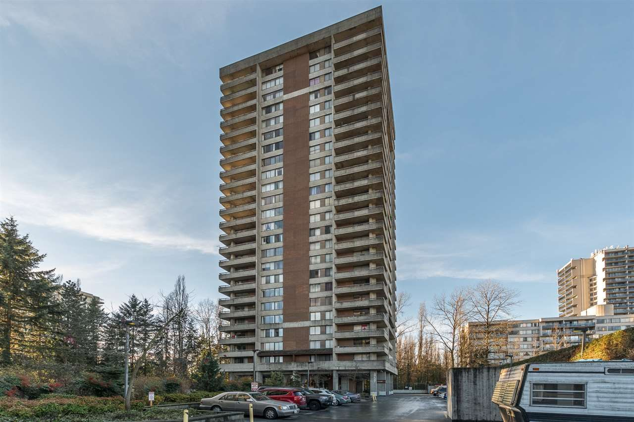 """Photo 2: Photos: 1004 3737 BARTLETT Court in Burnaby: Sullivan Heights Condo for sale in """"MAPLES AT TIMBERLEA"""" (Burnaby North)  : MLS®# R2522473"""