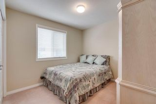 Photo 15: 164 SIMCOE Place SW in Calgary: Signal Hill Row/Townhouse for sale : MLS®# C4271503