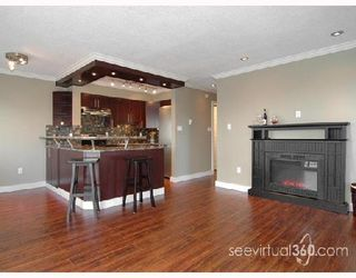 "Photo 3: 209 803 QUEENS Avenue in New_Westminster: Uptown NW Condo for sale in ""Sundayle Manor"" (New Westminster)  : MLS®# V700297"