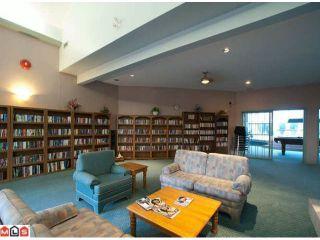 Photo 10: 402 1725 MARTIN Drive in Surrey: Sunnyside Park Surrey Home for sale ()  : MLS®# F1208153