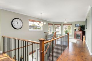 "Photo 3: 11653 GILLAND Loop in Maple Ridge: Cottonwood MR House for sale in ""COTTONWOOD"" : MLS®# R2298341"