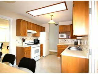 Photo 10: 2317 WAKEFIELD Drive in Langley: Willoughby Heights House for sale : MLS®# F1427526