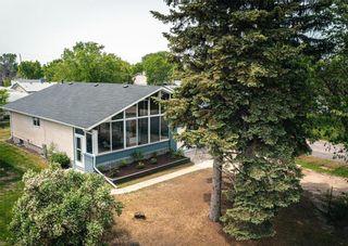 Photo 4: 386 Glenway Avenue in Winnipeg: North Kildonan Residential for sale (3G)  : MLS®# 202113716