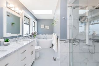 "Photo 30: 2218 129B Street in Surrey: Crescent Bch Ocean Pk. House for sale in ""OCEAN PARK TERRACE"" (South Surrey White Rock)  : MLS®# R2550498"