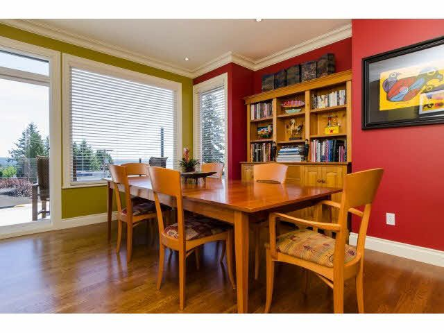 """Photo 8: Photos: 1159 BALSAM Street: White Rock House for sale in """"UPPER EAST BEACH"""" (South Surrey White Rock)  : MLS®# F1445609"""
