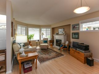 Photo 10: 16 2010 20th St in COURTENAY: CV Courtenay City Row/Townhouse for sale (Comox Valley)  : MLS®# 795658
