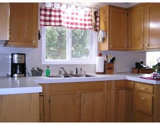 Photo 3: 151 NUGGET Avenue in Prince_George: Highglen House for sale (PG City West (Zone 71))  : MLS®# N187523