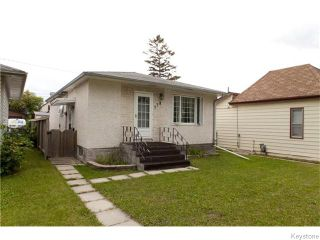 Photo 2: 778 Talbot Avenue in Winnipeg: East Kildonan Residential for sale (3B)  : MLS®# 1624155
