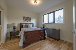 Photo 34: 837 ZAIFMAN Circle in London: North A Residential for sale (North)  : MLS®# 40104585