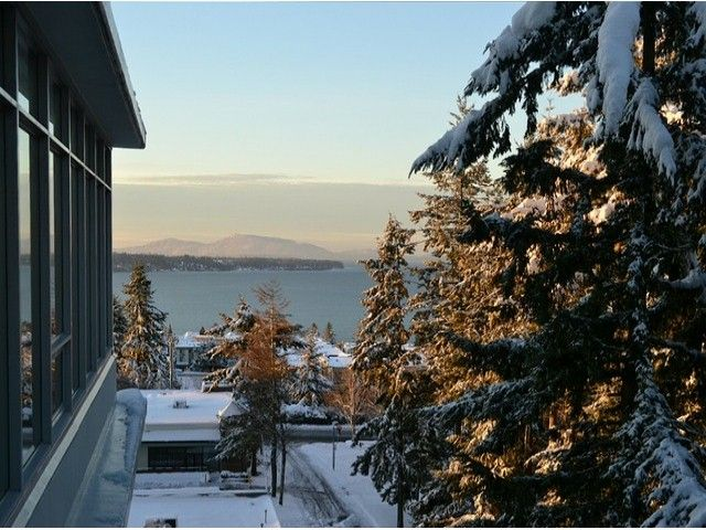 Main Photo: # 703 15152 RUSSELL AV: White Rock Condo for sale (South Surrey White Rock)  : MLS®# F1405044