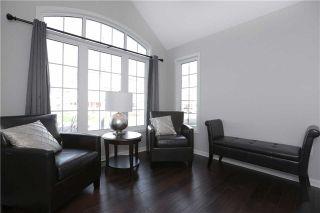 Photo 3: 250 Schreyer Crest in Milton: Harrison House (2-Storey) for sale : MLS®# W3367675