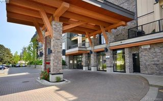 Photo 1: 306 623 Treanor Ave in VICTORIA: La Thetis Heights Condo for sale (Langford)  : MLS®# 777067