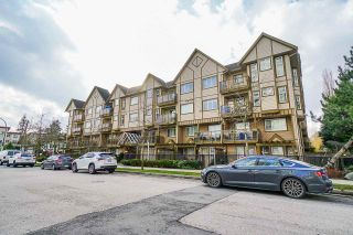 """Photo 1: 109 10289 133 Street in Surrey: Whalley Townhouse for sale in """"Whalley"""" (North Surrey)  : MLS®# R2438608"""