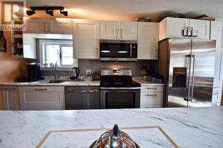 Photo 10: 112 Fir Avenue in Hinton: House for sale : MLS®# A1107925