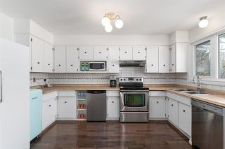 Photo 9: 6108 40 Avenue in Edmonton: Zone 29 House for sale : MLS®# E4243028