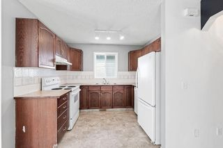 Photo 8: 270 Erin Circle SE in Calgary: Erin Woods Detached for sale : MLS®# C4292742