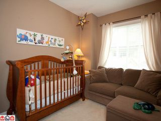 """Photo 9: 42 18707 65TH Avenue in Surrey: Cloverdale BC Townhouse for sale in """"The Legends"""" (Cloverdale)  : MLS®# F1124254"""