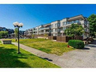 """Photo 27: 312 1840 E SOUTHMERE Crescent in Surrey: Sunnyside Park Surrey Condo for sale in """"Southmere Mews West"""" (South Surrey White Rock)  : MLS®# R2602062"""