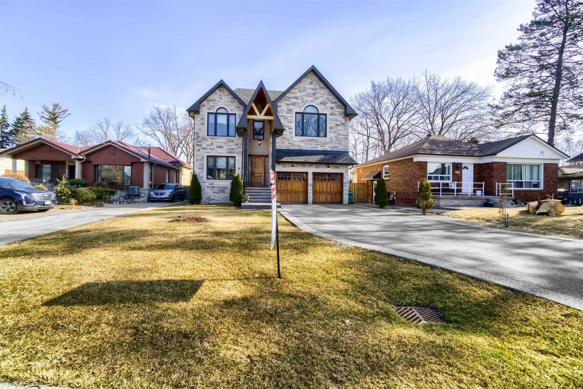 Main Photo: 1487 Myron Dr in Mississauga: Freehold for sale : MLS®# W5164789