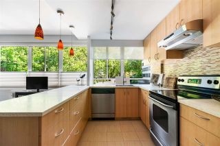 """Photo 6: 123 1445 MARPOLE Avenue in Vancouver: Fairview VW Condo for sale in """"HYCROFT TOWERS"""" (Vancouver West)  : MLS®# R2580832"""