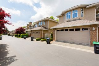 """Photo 4: 26 6211 W BOUNDARY Drive in Surrey: Panorama Ridge Townhouse for sale in """"LAKEWOOD HEIGHTS, BOUNDARY PARK"""" : MLS®# R2584830"""