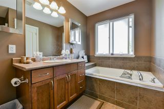 """Photo 24: 58 11720 COTTONWOOD Drive in Maple Ridge: Cottonwood MR Townhouse for sale in """"Cottonwood Green"""" : MLS®# R2500150"""