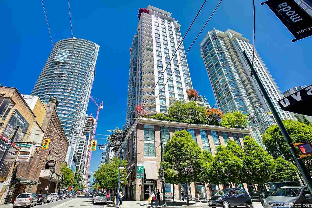 Main Photo: 1604 565 SMITHE Street in Vancouver: Downtown VW Condo for sale (Vancouver West)  : MLS®# R2586733