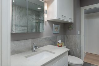 Photo 15: 502 9809 Seaport Pl in Sidney: Si Sidney North-East Condo for sale : MLS®# 883312