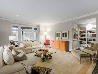 """Photo 1: 1496 MATTHEWS Avenue in Vancouver: Shaughnessy Townhouse for sale in """"BRIGHOUSE MANOR"""" (Vancouver West)  : MLS®# R2418292"""