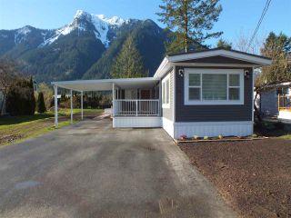Photo 1: 41 65367 KAWKAWA LAKE Road in Hope: Hope Kawkawa Lake Manufactured Home for sale : MLS®# R2550482