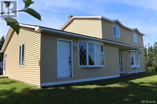 Photo 3: 380 Main Street in Beaver Harbour: House for sale : MLS®# NB060801