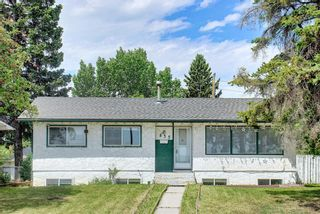 Photo 2: 835 Forest Place SE in Calgary: Forest Heights Detached for sale : MLS®# A1120545
