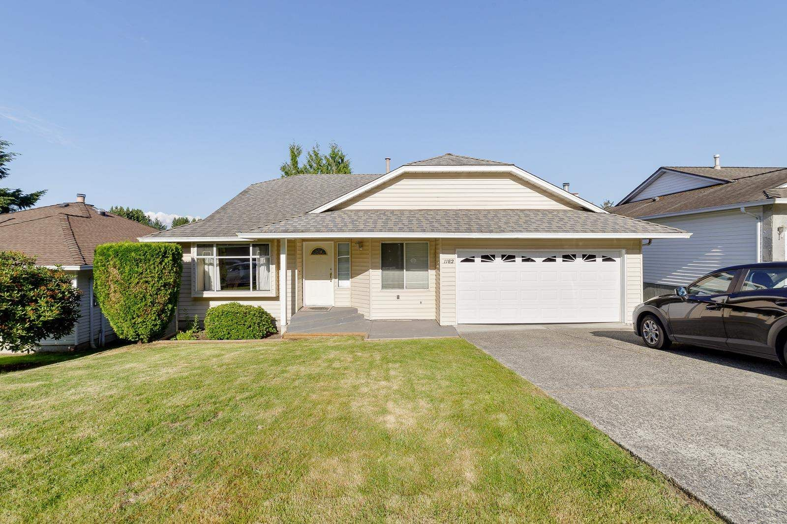 Main Photo: 1182 FRASERVIEW STREET in Port Coquitlam: Citadel PQ House for sale : MLS®# R2593936