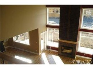 Photo 3: 2391 Echo Valley Dr in VICTORIA: La Bear Mountain House for sale (Langford)  : MLS®# 489499