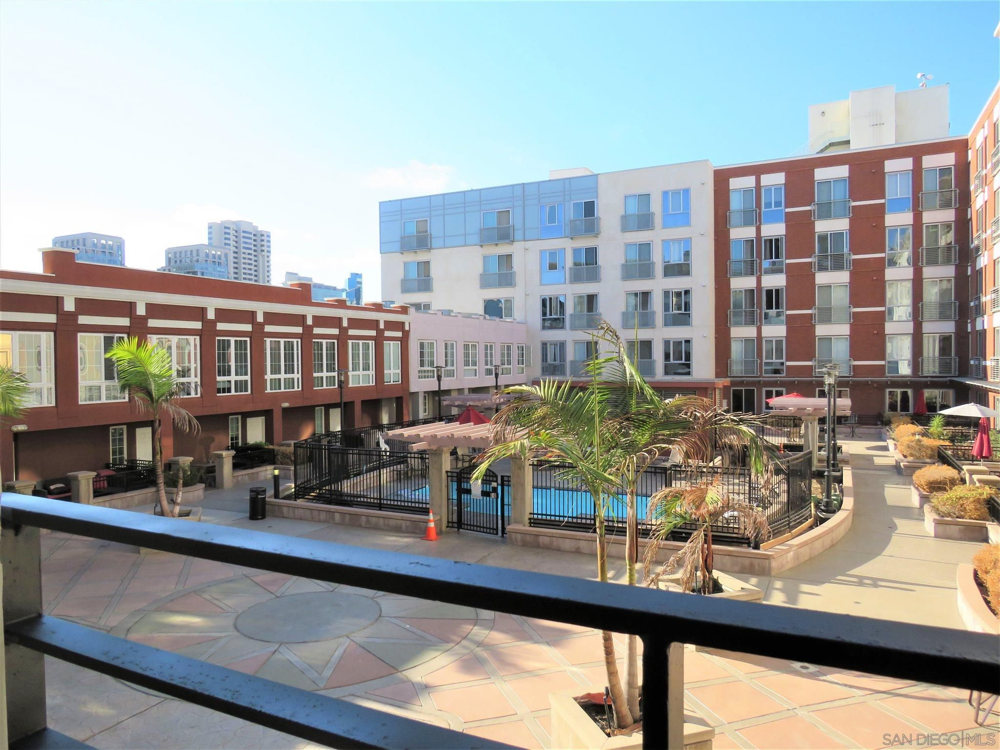 Main Photo: DOWNTOWN Condo for sale: 450 J Street #4121 in San Diego
