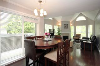 """Photo 5: 203 12088 66 Avenue in Surrey: West Newton Condo for sale in """"LAKEWOOD TERRACE"""" : MLS®# R2382551"""