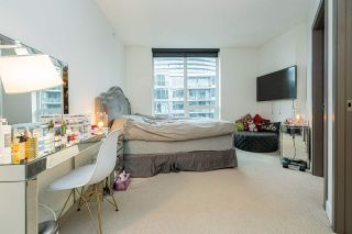 """Photo 6: 1858 38 SMITHE Street in Vancouver: Downtown VW Condo for sale in """"One Pacific"""" (Vancouver West)  : MLS®# R2525431"""