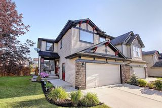 Photo 1: 410 DRAKE LANDING Point: Okotoks Detached for sale : MLS®# A1026782