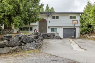 Photo 2: 8081 CADE BARR Street in Mission: Mission BC House for sale : MLS®# R2615539