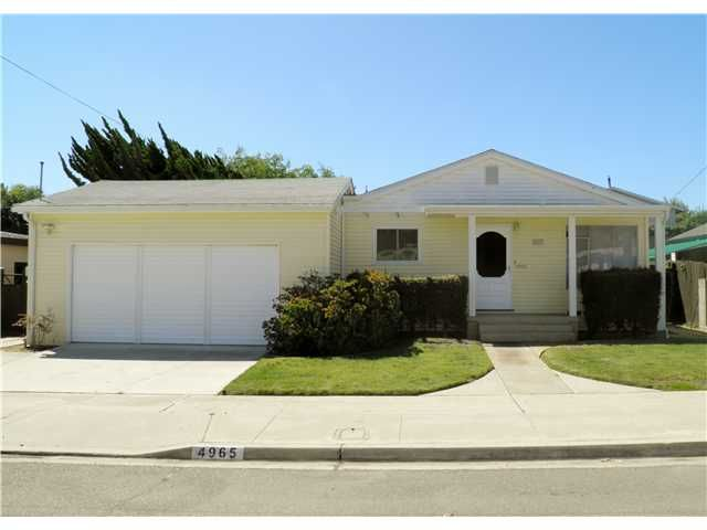 Main Photo: CLAIREMONT House for sale : 3 bedrooms : 4965 Gallatin in San Diego