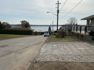 Photo 4: 5 Riverview Drive in Brockville: Eastend Brockville w/riverview House for sale