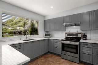 """Photo 2: 28 10751 MORTFIELD Road in Richmond: South Arm Townhouse for sale in """"CHELSEA PLACE"""" : MLS®# R2588040"""