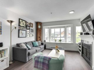 """Photo 5: 210 2545 W BROADWAY Avenue in Vancouver: Kitsilano Townhouse for sale in """"Trafalgar Mews"""" (Vancouver West)  : MLS®# R2590394"""