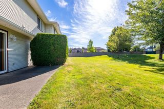 Photo 2: 3 717 Aspen Rd in : CV Comox (Town of) Row/Townhouse for sale (Comox Valley)  : MLS®# 879471